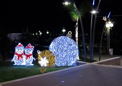 Décoration Noel à l'entrée du port