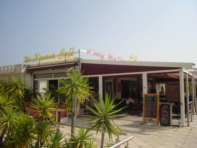 Rio's Banana Café, a little piece of England