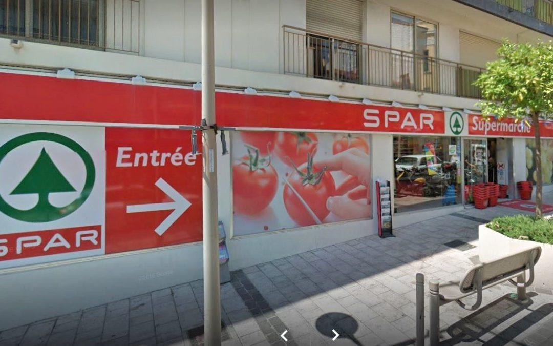 """Facelift for the shop """"Spar"""" of Golfe Juan"""